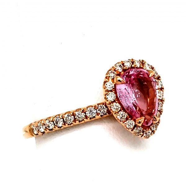 1.07 ct. Pink Sapphire and Damond 18k Rose Gold Ring