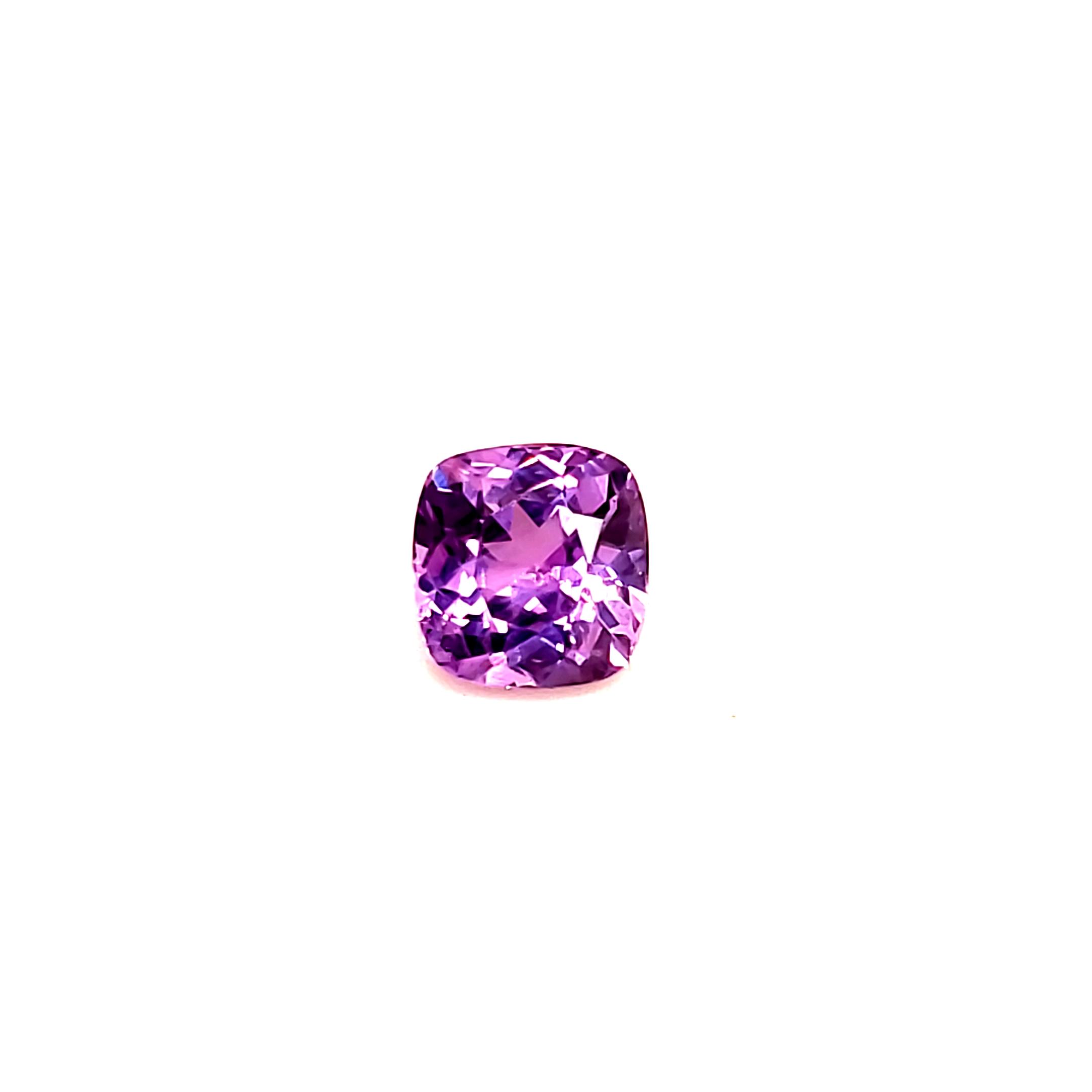 1.93 ct. pinkish Lavendar