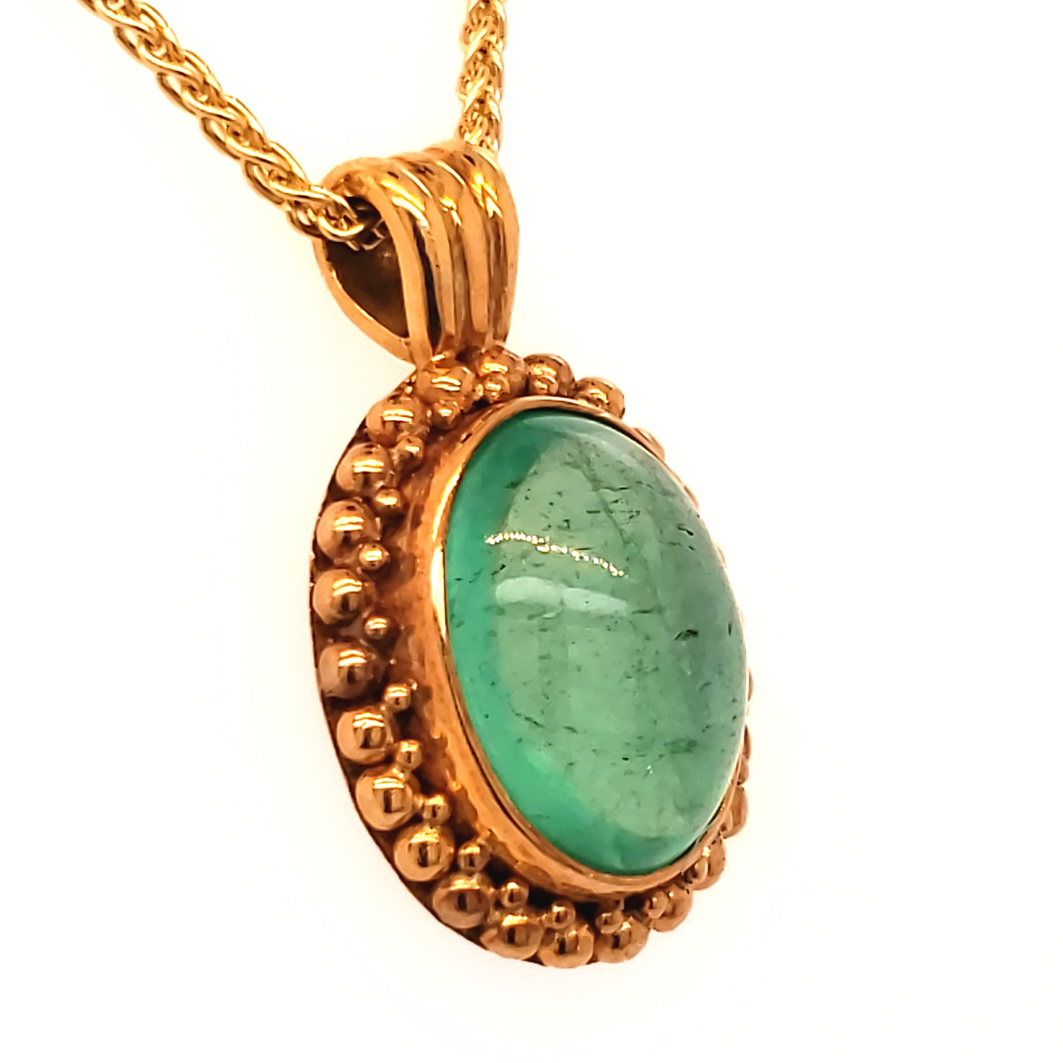 22k Emerald Cabachon Pendant