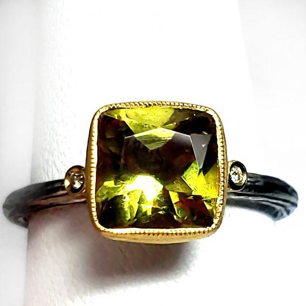 2 carat Zultanite Ring - Daylight