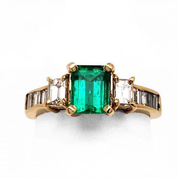.82 carat Emerald and Diamond 18k Ring